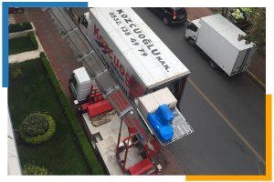 İstanbul Asansörlü Nakliye Kamyonu Kozcuoğlu nakliyat firması